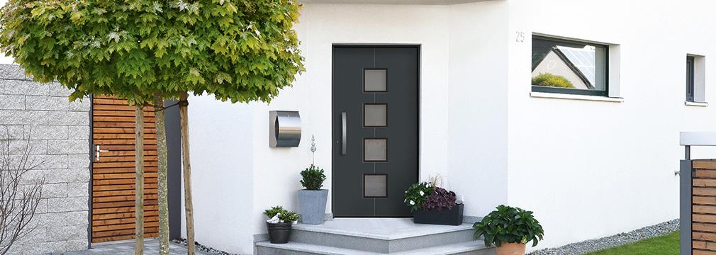 Haustür mit fenster  Haustüren | Fenster und Türen Welt